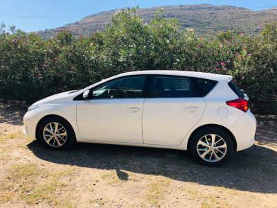 Group C Auto: Toyota Auris 1.6 Automatic Petrol
